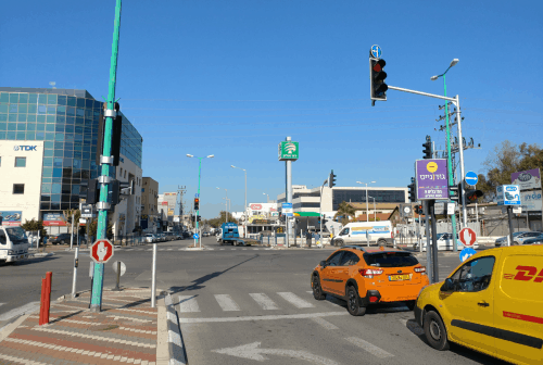 Driving in Israel (Everything you need to know as an American)