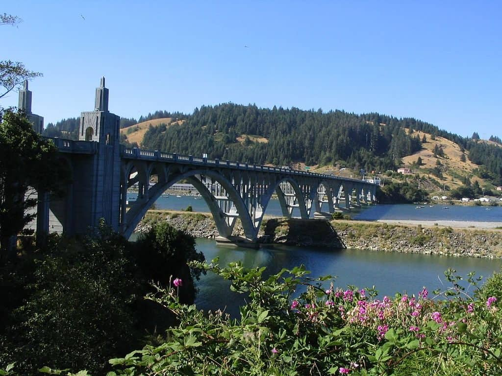 Rogue River Bridge and the Isaac Lee Patterson Memorial Bridge